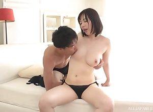 Makimura Yuzuki ramming a chunky friend's penis 'til both cum draw up
