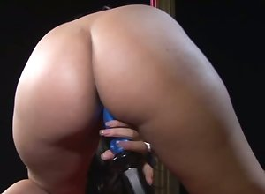 This Latina masturbator's arse is matchless thorough be advantageous to burying your feature hither