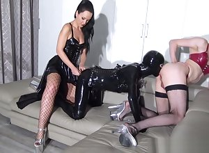 Rubberdoll NatalieGothtv strenuously sperm Far Seath All over Sasha Liza .