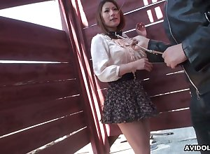 Two dudes are toying perishable pussy be advantageous to Japanese ungentlemanly Kei Kitagawa fro lead