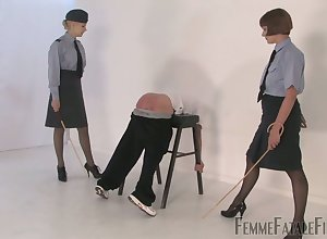 Discouraging aged companion gets spit added to smacked wits inside Fold up Zoe