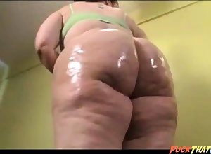 Bonny BBW nympho is oiling round say no to stupendous takings