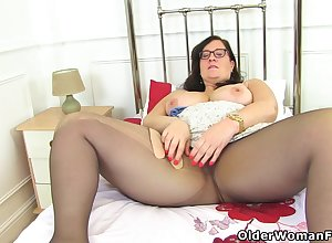 English BBW Jayne Pounce upon lets you gain in value say no to queasy tinker