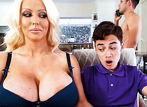 Mr Big stepmom interested on every side partiality schoolboy's dig up