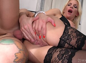Lad fucks busty aunt and cums on her huge jugs
